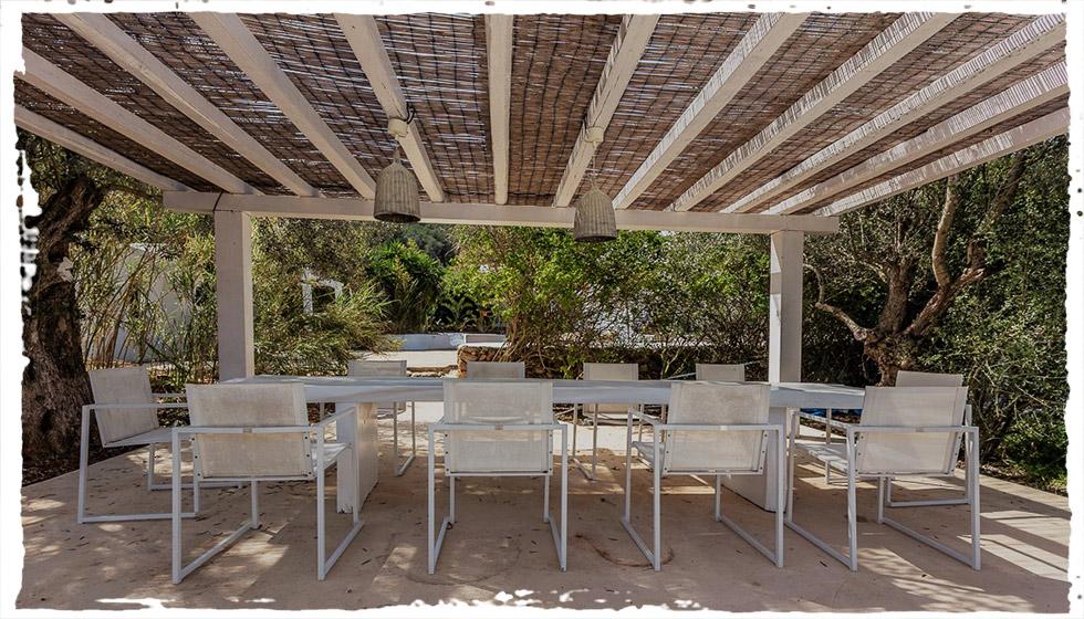 Still Flowing Yoga Teacher Training. 6th October – 3rd November 2018. Can Tunio, Sta. Gertrudis, Ibiza